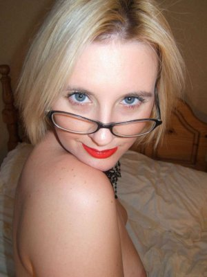 Dallal mature escort in Regenstauf, BY