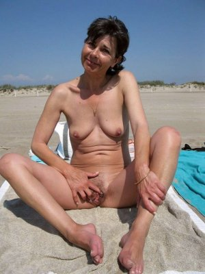 Chelsie mature erotische massage in Regenstauf